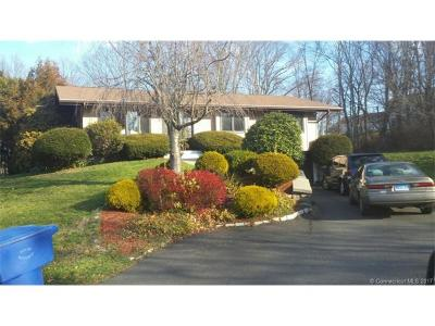 Waterbury Single Family Home For Sale: 40 Hickory Hill Drive