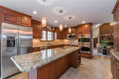 Middlebury Single Family Home For Sale: 76 Fairhaven Drive
