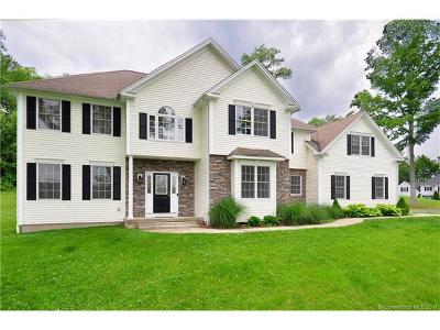 Southbury Single Family Home For Sale: 55 Country Woods Lane