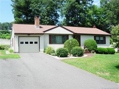 Wolcott Single Family Home For Sale: 50 Knollwood Drive
