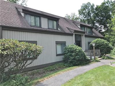 Southbury Condo/Townhouse For Sale: 549 Heritage Village #C