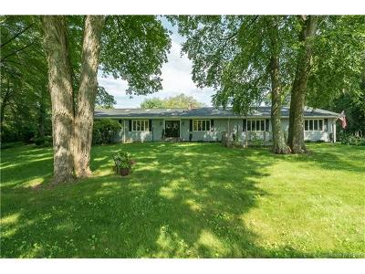 Cheshire Single Family Home For Sale: 727 Moss Farms Road