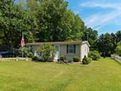 Single Family Home For Sale: 30985 Whites Neck Rd
