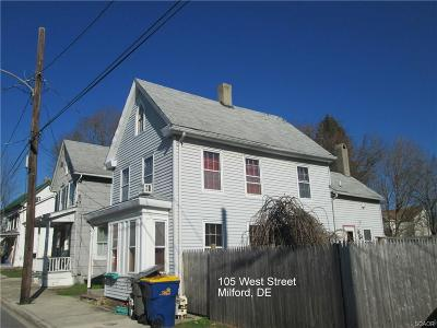 Milford Single Family Home For Sale: 105 West St