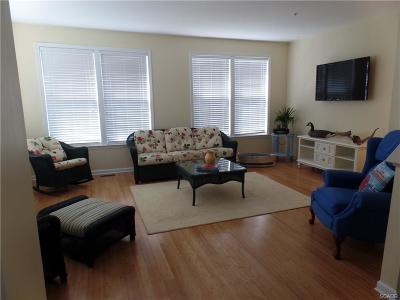 Condo/Townhouse For Sale: 26599 Brockton