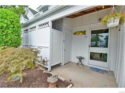 Condo/Townhouse For Sale: 38335 Cardinal Lane #157