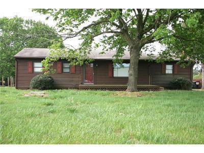 Single Family Home For Sale: 16662 Seashore