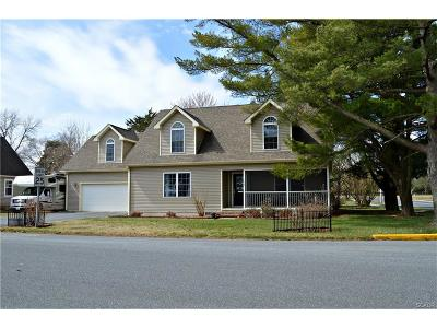 Seaford Single Family Home For Sale: 112 S Phillips