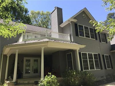 Bridgeville Single Family Home For Sale: 17736 Meadow Drive