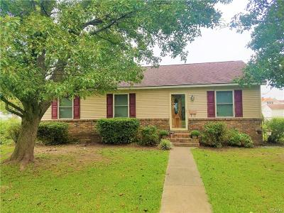 Single Family Home For Sale: 216 W Laurel St