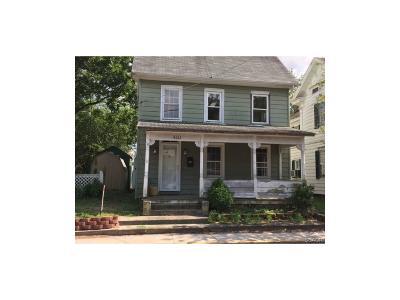 Laurel Single Family Home For Sale: 410 E 4th St