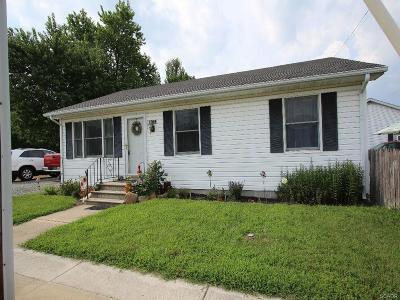Harrington Single Family Home For Sale: 102 W Milby
