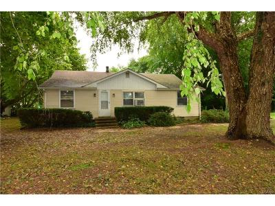 Single Family Home For Sale: 20891 Pickwicke Road