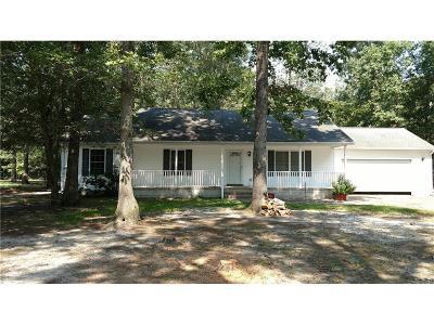 Seaford Single Family Home For Sale: 14013 Jana Circle