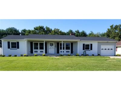 Seaford Single Family Home For Sale: 204 Arbutus Drive