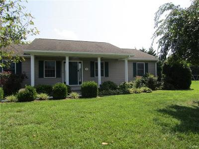Seaford Single Family Home For Sale: 6 Brooke Haven