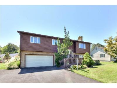 Single Family Home For Sale: 310 Breezewood