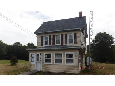 Greenwood Single Family Home For Sale: 358 Hog Range
