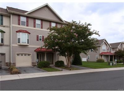 Condo/Townhouse For Sale: 23537 Tristan Lane