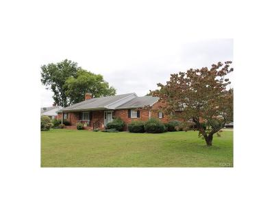 Milford Single Family Home For Sale: 601 Lakelawn