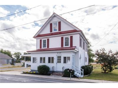 Greenwood Single Family Home For Sale: 304 W.market Street