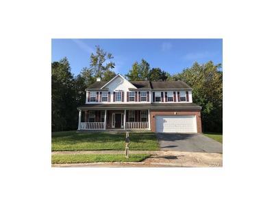 Single Family Home For Sale: 7 Tara