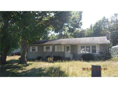 Single Family Home For Sale: 18146 Sharons