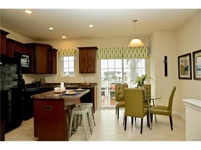 Condo/Townhouse For Sale: 20556 Ashville Drive