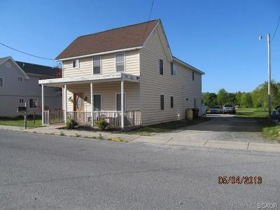 Frankford Single Family Home For Sale: 11 Knox Street