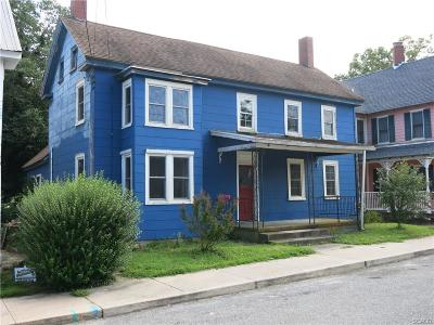 Single Family Home For Sale: 111 Broad