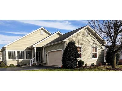 Milford Single Family Home For Sale: 18 Kingston Terr