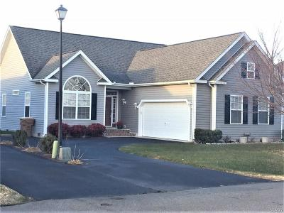 Milford Single Family Home For Sale: 14 Clearview Dr