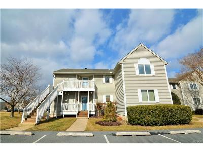 Condo/Townhouse For Sale: 33935 Middleton Circle #3