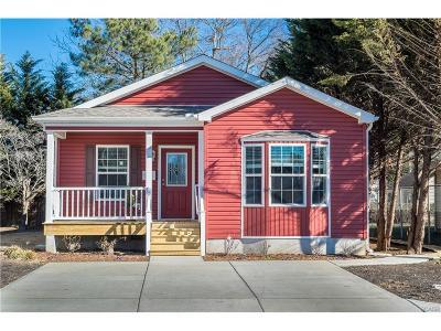 Single Family Home For Sale: 405 Cedar Street