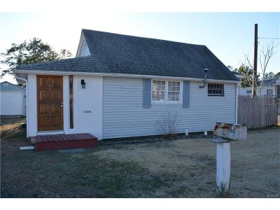 Single Family Home For Sale: 32688 Oak Orchard Rd