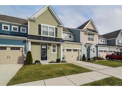 Condo/Townhouse For Sale: 33293 Lone Cedar Landing