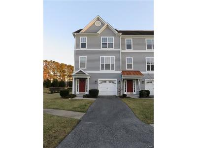 Frankford Condo/Townhouse For Sale: 33832 Connecticut