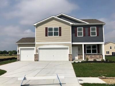 Milford Single Family Home For Sale: 20611 Smithfeild Circle 52