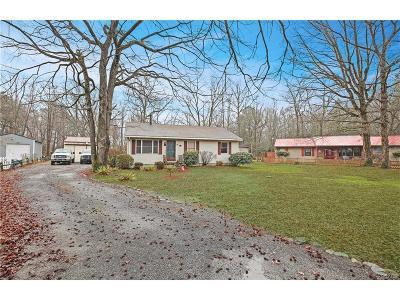 Single Family Home For Sale: 25391 John