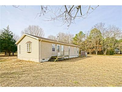 Single Family Home For Sale: 27305 Martins Farm Road
