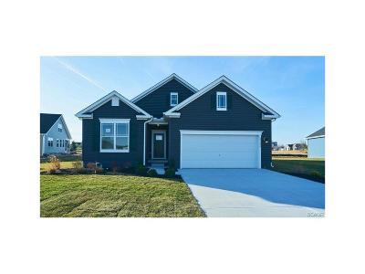 Milton Single Family Home For Sale: 29528 Fieldstone #18