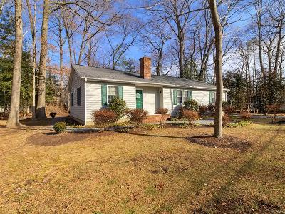 Single Family Home For Sale: 22829 Angola Rd