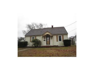Laurel Single Family Home For Sale: 113 Lansing Avenue