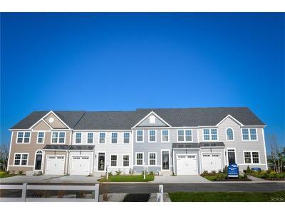 Condo/Townhouse For Sale: 35013 Shorebird Lane #36