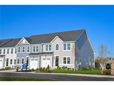 Condo/Townhouse For Sale: 35009 Shorebird Lane #35
