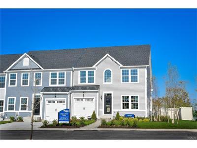 Condo/Townhouse For Sale: 35015 Shorebird Lane #37