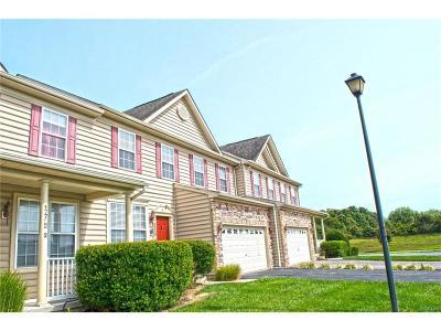 Condo/Townhouse For Sale: 17722 Brighten Drive #3