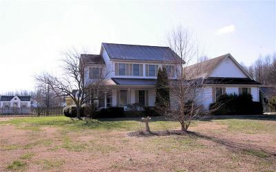 Milford Single Family Home For Sale: 10 Goldenrod