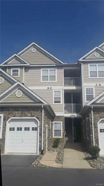 Milford Condo/Townhouse For Sale: 4503l Summer Brook Way