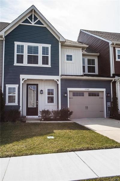 Millville Condo/Townhouse For Sale: 33347 Lone Cedar Landing